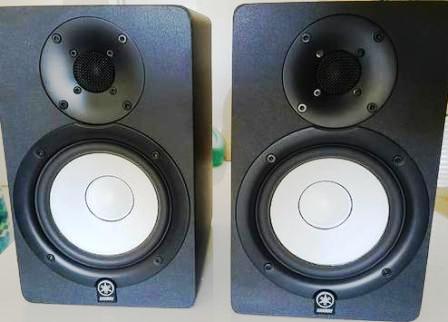 акустика Yamaha HS50M