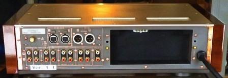 SU-C7000