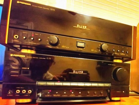 pioneer-c72-preamp-and-m72-amplifier