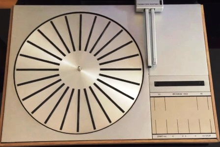 BANG & OLUFSEN Beogram 4002