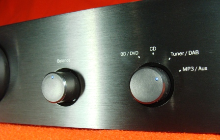 усилитель Cambridge Audio Topaz AM10