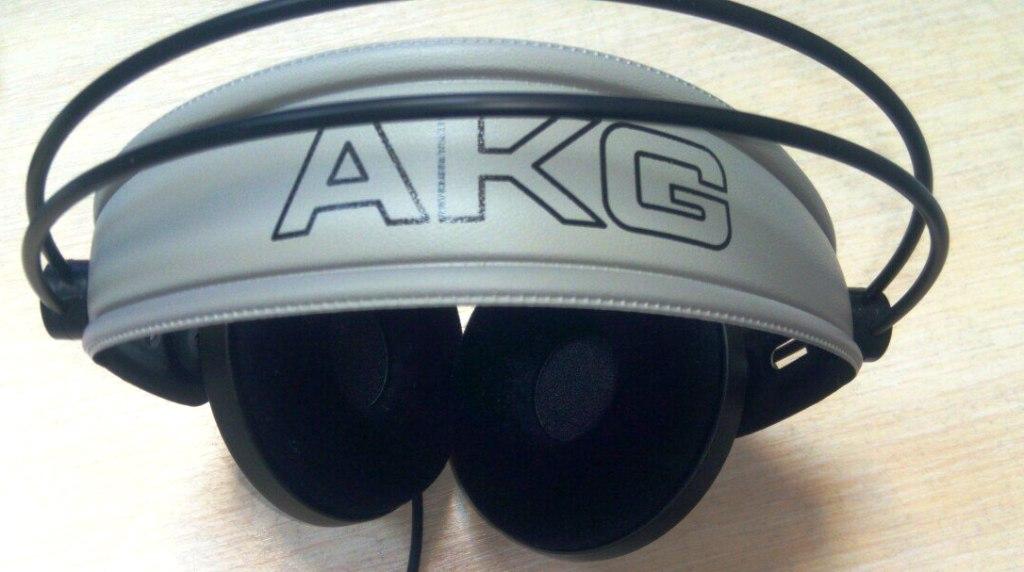 AKG 142 HD obzor