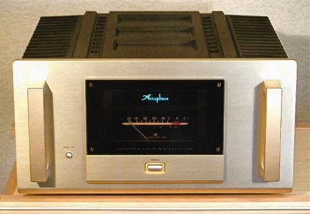 Accuphase-M-2000