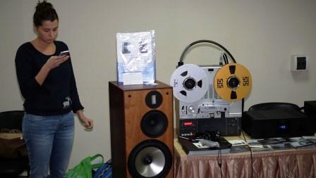 акустика и девушка