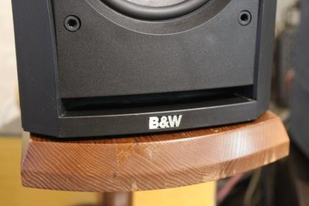 B&W 302DM
