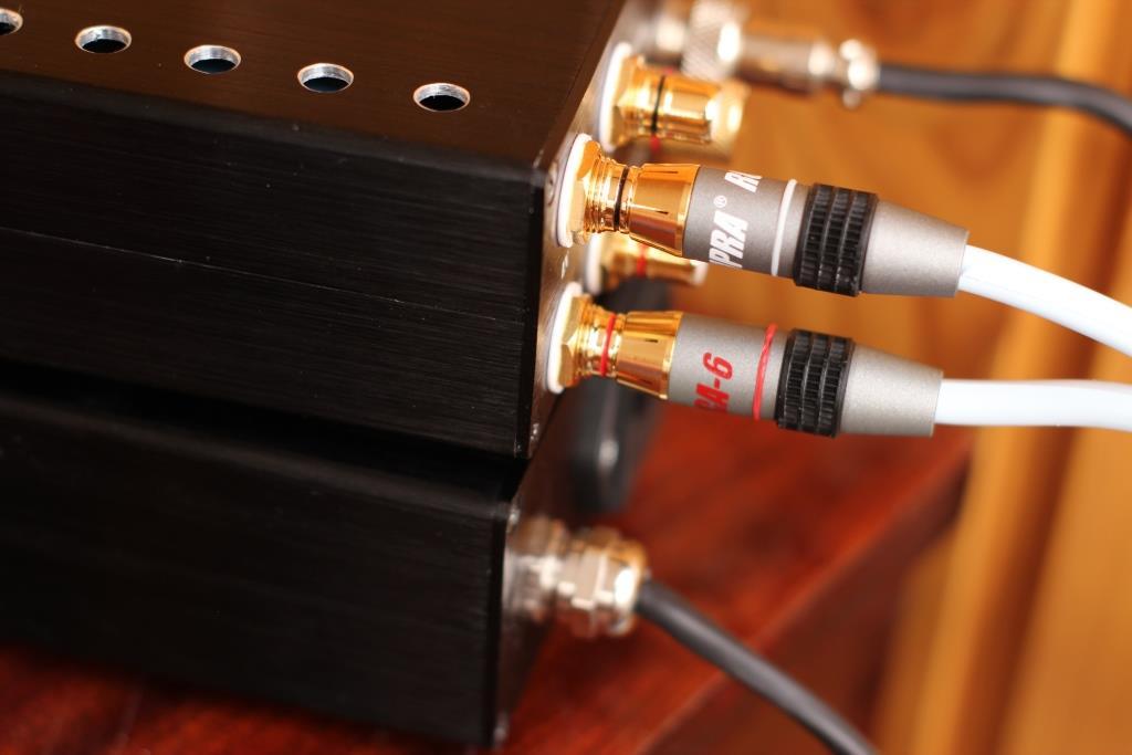 Кабель Supra Dual RCA + ламповый фонокорректор ЗМ
