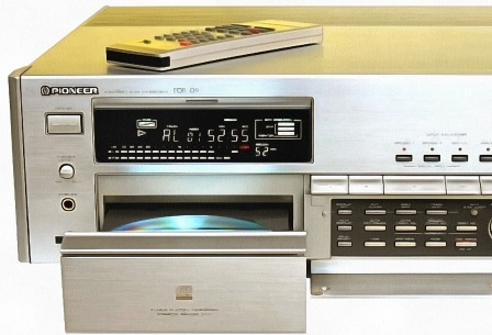 pioneer-pdr-09-cd-player-recorder-gold