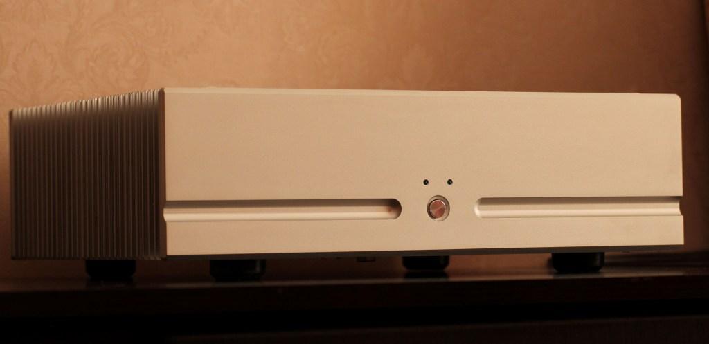 клон FM711 усилитель мощности