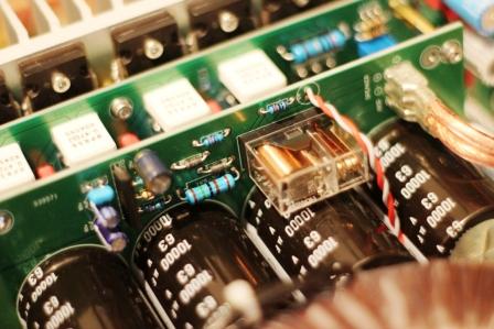 FM711 усилитель внутрянка