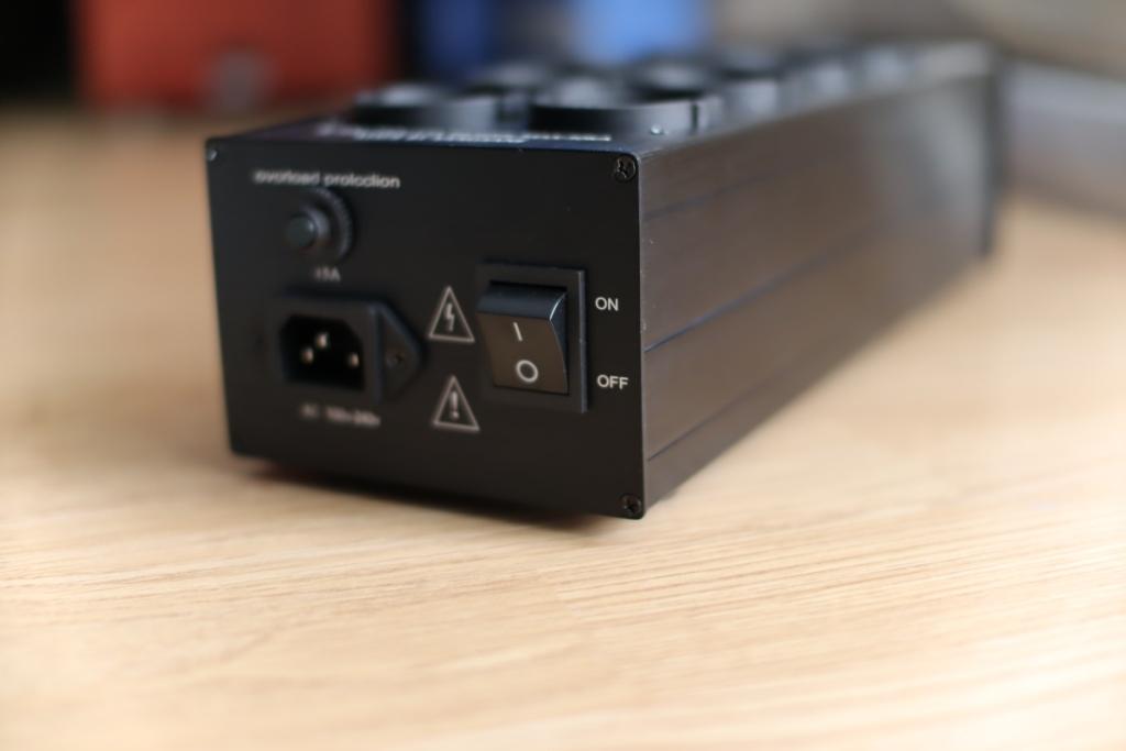 сетевой фильтр Pawalle задняя панель