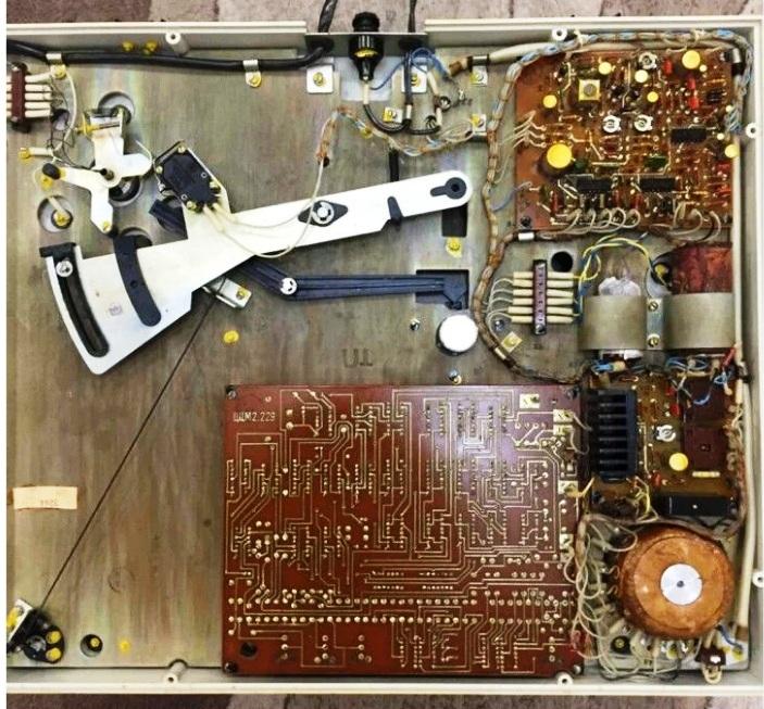 электроника-060 внутри