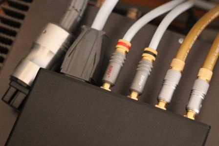 Силовой кабель Supra LoRad CS-EU (3x2.5) подключение к релейному преду