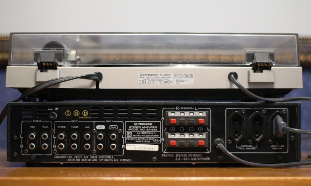 усилитель Pioneer SA510 задняя панель
