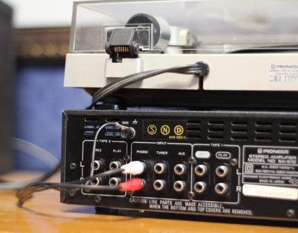 усилитель Pioneer SA510 подключение к фонокорректору