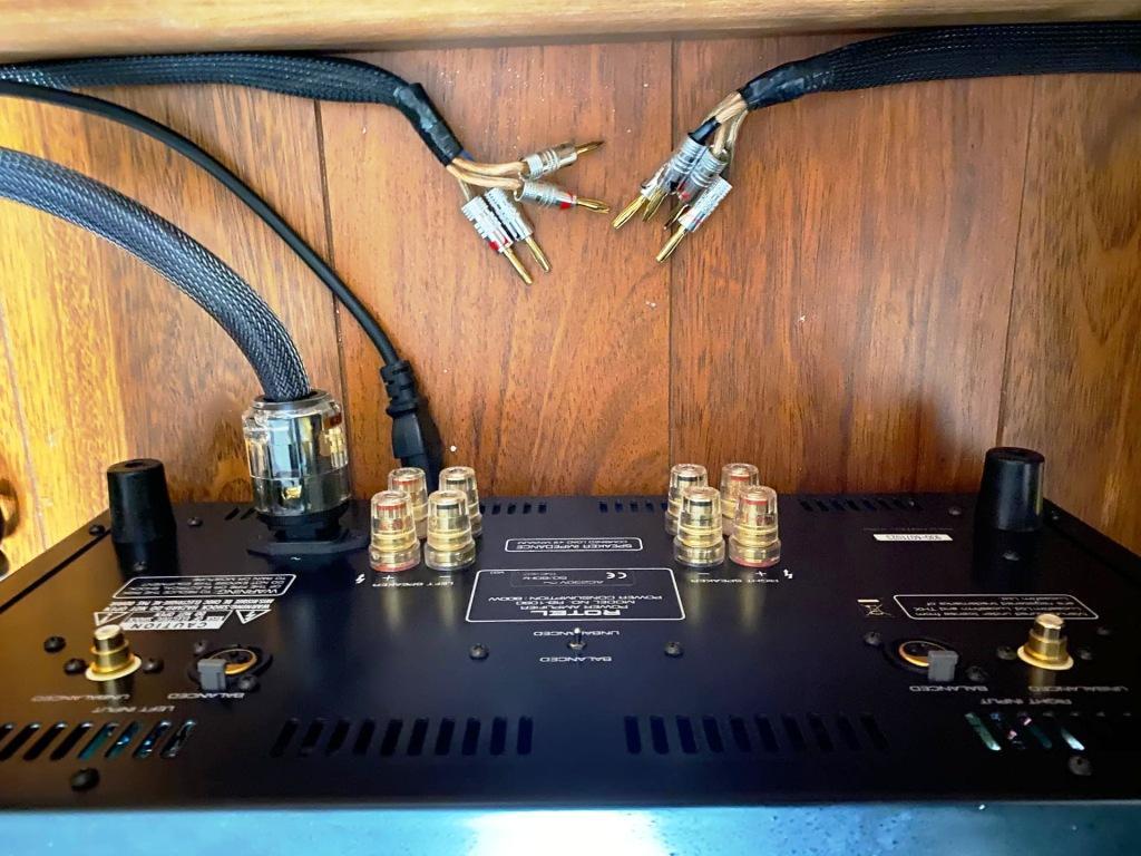 Усилитель Rotel RB-1090 подключение