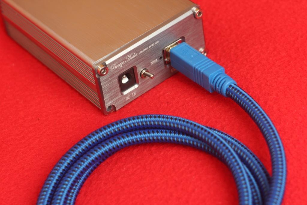 ЦАП на PCM 5102 подключаем по USB кабелем Furutech GT2