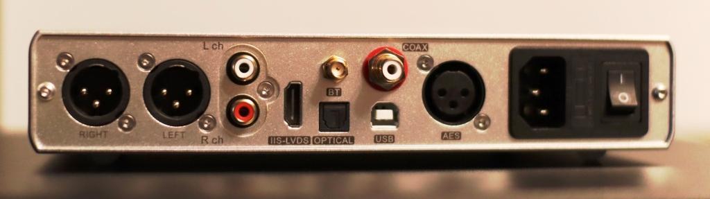 Topping D90 задняя панель